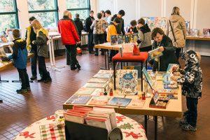 Wir für Sie_Bücherei_St. Nikolaus_2017_11_Buchausstellung_2_Klaus Wiederspahn