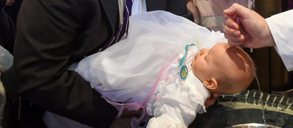 Mein Kind taufen lassen - Die Pfarrgemeinden St. Nikolaus
