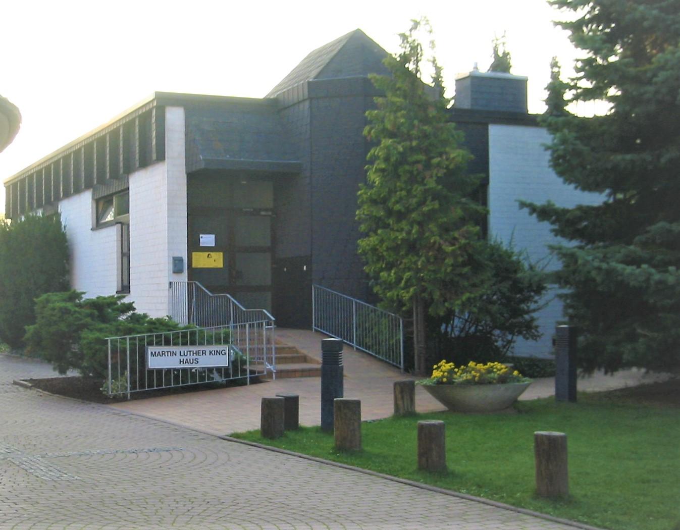 Bücherei im Martin-Luther-Haus